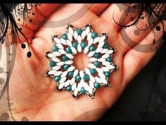 DIY Snowdrop module for pendant Corona Handmade Jewelry Tutorials, Jewelry Making Tutorials, Beading Projects, Beading Tutorials, Jewelry Patterns, Beading Patterns, Beaded Earrings, Beaded Jewelry, Jewellery