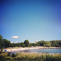 Slite strand – Gotlandstips.se  #beach #sand #ocean #holiday #gotland #sweden Sweden, Beaches, Dolores Park, Swimming, Ocean, Holiday, Travel, Vacations, Viajes