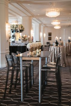 An art deco themed cocktail hour at the Rosewood Hotel Georgia. For more inspiration, check out the blog on our website!   .  .  .  .  .  #aliciakeats #aliciakeatsweddings #familyceremony #decorinspo #decorinspiration #cocktailhour #rosewoodhotelgeorgia #eventdecor #vancouver #vancouvereventplanner