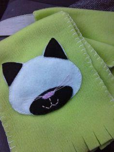 Sciarpa con gatto in panno lenci