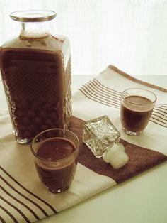 Ideas que mejoran tu vida Liquor Drinks, Cocktail Drinks, Alcoholic Drinks, Beverages, Dark Chocolate Brands, Chilean Recipes, Decadent Cakes, Baileys, Cookies And Cream