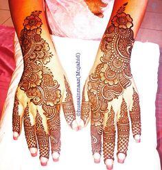 #bride #bridalhenna #bridal #bridalshower #wedding #weddingday #photographer #weddingphotographer #southasian #indian #hennaartist #feathers #beautiful #tattoo #tattoogirl #tattooartist #tattoos #mehandi #arab #California #design #punjabi #southasianwedding #makeup #dubai #fashion #girl #bollywood #flowers #mandala