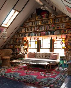 Liked this wonderful library in the attic, although I couldn't trace it in the blog...