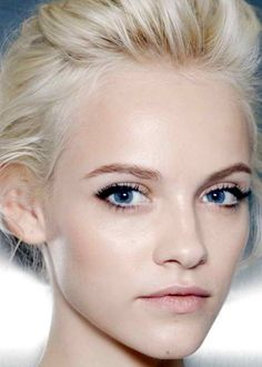 Natural Bridal Makeup For Blue Eyes : blue eyes and simple, natural make-up (well... except for ...