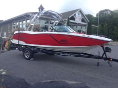 This is our new 2015 NXT, MasterCraft's newest and hottest model to hit the new year. Call us at 1-844-855-6789 for further information on this boat or design your own at Mastercraft.com