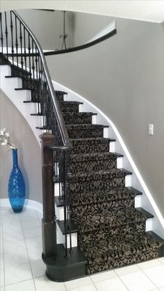 Not this particular carpet but similar staircase to ours. Example of what our stairs would look like with patterned carpet. Stairway Carpet, Royal Dutch, Basement Carpet, Hall Carpet, Basement Stairs, Staircase Makeover, Hallway Carpet Runners, Carpet Runner On Stairs, Houses