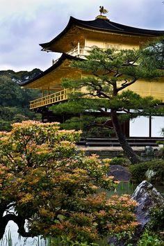 """""""Padiglione d'Oro"""" di Kyoto, del turistapercaso IlRossoIlBlu in Giappone #buongiorno #twitpic"""