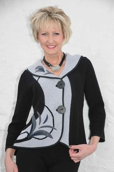 Tivoli black/grey leaf shawl collar