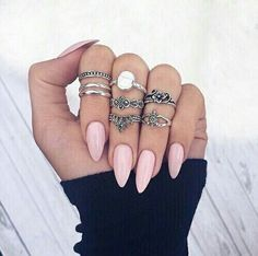 http://weheartit.com/entry/237673793
