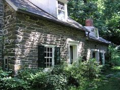 House exterior old stone cottages 49 ideas Stone Cottages, Small Cottages, Cabins And Cottages, Stone Masonry, Brick And Stone, Old Stone Houses, Old Houses, House On The Rock, Tiny House