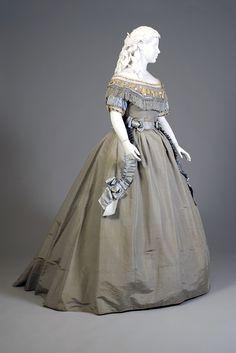 Blue silk faille evening dress, probably American, ca. 1865, KSUM 1983.1.111 a-c.
