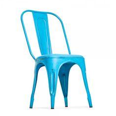 Vintage henkinen metallinen tuoli, maalattu siniseksi. Toimii sekä sisä että ulkotiloissa! Omat tuolit voit tilata tästä: http://www.verkkokauppa.aadesign.fi/tuotteet/columbia-iron-chair-blue