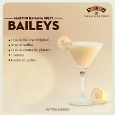 25 drinks recipes with Baileys liquor that will make your mouth water - Baileys Liquor, Licor Baileys, Liquor Drinks, Coffee Drinks, Alcoholic Drinks, Beverages, Banana Split, Drinks Alcohol Recipes, Cocktail Recipes