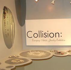 Heidi Lowe Gallery an Innovative Jewelry Studio Jewellery Exhibition, Exhibition Space, Jewellery Display, Exhibition Ideas, Display Design, Display Ideas, Booth Ideas, Market Displays, Booth Displays