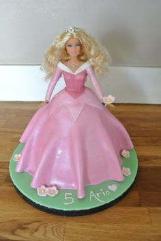 Fifth Street Cakes: Sleeping Beauty Barbie Cake