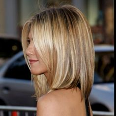 Always loved Jennifer Annistan's hairstyles.  Simple but beautiful.