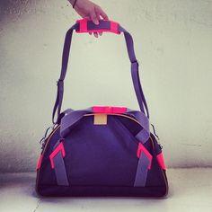 MY GOD I NEED THIS GYM BAG. (tna) Cute Gym Bag eddcbe8f1d682