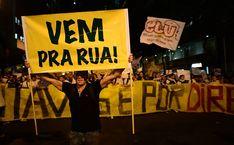 Folha de S.Paulo - Cotidiano - Leia exemplos de gritos de guerra e cartazes das manifestações pelo país - 17/06/2013