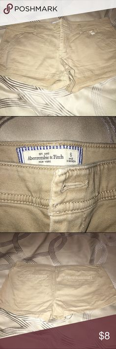 Tan Abercrombie shorts Tan shorts of A&F. The button is missing but can easily be replaced. NO TRADES OFFERS WELCOME Abercrombie & Fitch Shorts