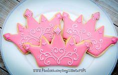Princess Birthday Cupcakes, Disney Princess Cookies, Pink Princess Party, Birthday Cookies, Princess Crowns, Galletas Cookies, Baby Cookies, Baby Shower Cookies, Iced Cookies