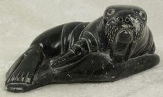 Simiuni Arnamissa Inuit Soapstone Seal Carving Sculpture Canada 3Hx 7.75inW 1975