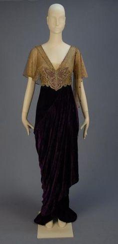 Платье 1913 Уитакер аукционах Шана