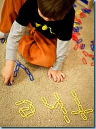 Whoo Hoo!  A great idea for those linking chains!