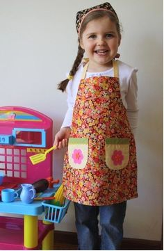 Kids apron pattern, making these for Christmas!!!