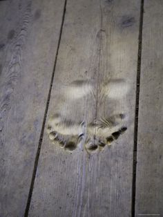 Footprints Carved in Wooden Floor- who cares about the floor... Casper was here! Lol.. creepy!!