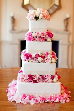 I would start with the darkest flowers on the bottom and have them get lighter the higher up the layers of the cake Wedding Wishes, Wedding Bells, Wedding Events, Weddings, Pretty Cakes, Beautiful Cakes, Cute Wedding Ideas, Wedding Inspiration, Square Cakes