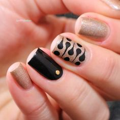 A England Sparks divine new batch 2.0 black dots nail art