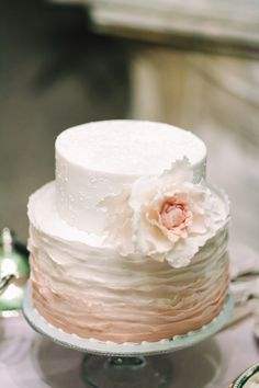 ombre pink cake - photo by Studio A+Q http://ruffledblog.com/destination-wedding-in-florence-at-vincigliata-castle #weddingcake #cakes