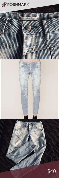 Free People Pinstripe Skinny Jeans!! Light washed pinstripe denim with minimal distressing! Ankle length with light stretch! Size 27 but runs small. Gently used!! Free People Jeans Skinny