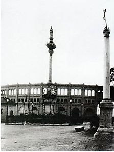 Cruz de La Libertad, lugar donde ejecutaron a Mariana Pineda.