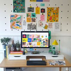 Illustrator Natasha Durley shows us the inside and outs of her creative day! Art Studio Room, Art Studio Design, Art Studio At Home, Home Art, Design Art, Home Office Setup, Home Office Space, Desk Space, Home Office Design