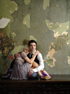 Primeval's Hannah Spearitt and Andrew Lee Potts <3 This is the cutest pose.