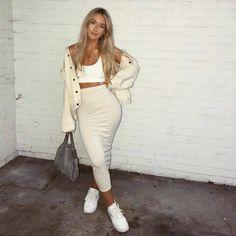 finessemami🌴 Source by aliyacataleya outfit casual Fashion Killa, Look Fashion, Fashion Beauty, Classy Outfits, Trendy Outfits, Mode Outfits, Fashion Outfits, Mode Hijab, Mode Inspiration