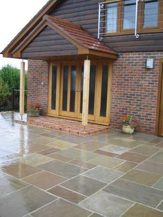 Indian Sandstone Paving Raj Blend – Natural Stone & Timber L… - Garten Pflaster ideen Sandstone Paving, Paving Slabs, Paving Stones, Flagstone, Patio Steps, Patio Tiles, Concrete Patio, Stained Concrete, Garden Paving