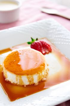 The creamiest Panna Cotta recipe ever. Using egg whites instead of gelatin, gives this Italian classic a buttery melt-in-your-mouth texture. Italian Desserts, Just Desserts, Dessert Recipes, Gourmet Desserts, Gourmet Foods, Fancy Desserts, Pudding Desserts, Health Desserts, Plated Desserts