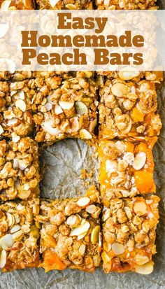 These easy, old fashioned peach bars have a cinnamon oatmeal almond streusel topping. Made with fresh peaches, they're tender, moist and filled with fruit. A classic, homemade summer dessert for picnics and cookouts. #peachdesserts #barcookies Mini Desserts, Homemade Desserts, Easy Desserts, Delicious Desserts, Strawberry Desserts, Fruit Recipes, Vegan Recipes Easy, Easy Dinner Recipes, Sweet Recipes