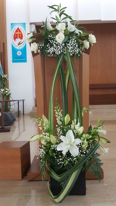 Ceremony entrance Contemporary Flower Arrangements, Tropical Flower Arrangements, Funeral Flower Arrangements, Beautiful Flower Arrangements, Elegant Flowers, Tropical Flowers, Amazing Flowers, Altar Flowers, Church Flowers