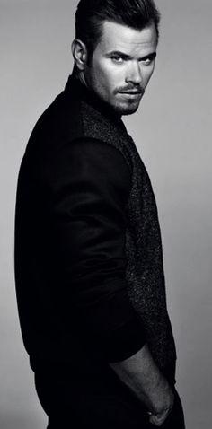 Kellan Lutz | Ethnicity: 62.5% German, 12.5% Dutch, 12.5% British, 12.5% Scandinavian