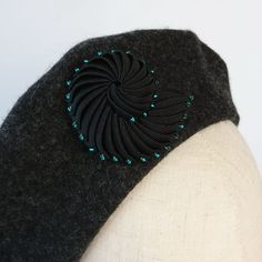Black Ribbon Shell Brooch with Turquoise Beads worn on a beret Nautilus Shell, Retro Chic, Black Ribbon, Turquoise Beads, Beret, Hand Stitching, Seed Beads, Hand Sewing, Shells