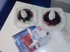 Two delicious waffles with frozen yogurt #instagood #frozen yogurt