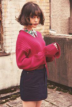 Jumper + collars x Fashion Mode, Japan Fashion, Cute Fashion, Korean Fashion, Girl Fashion, Fashion Looks, Fashion Outfits, Japanese Models, Woman Face