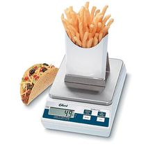 Shop Edlund FF 10 lb. Digital Portion Scale with French Fry Platform. Unbeatable prices and exceptional customer service from WebstaurantStore. Kitchen Measuring Tools, Sandwich Shops, Professional Kitchen, Digital Scale, Food Service, Kitchen Dining, Kitchen Utensils, French Fries, How To Run Longer