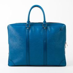 Louis Vuitton Voyage I want this!