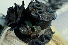 voodoo mardi gras | Love it | Halloween 2013 Mardi Gras/Voodoo Swamp