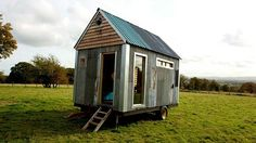 Mladý pár si postavil domek za necelých 38 tisíc korun