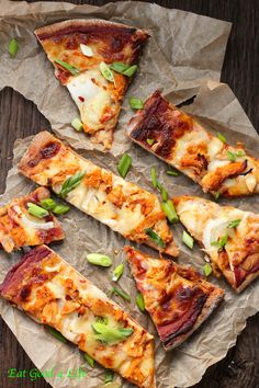 Chicken chipotle pizza. One of our favorite pizza recipes of all times. So delicious #chipotle #pizza